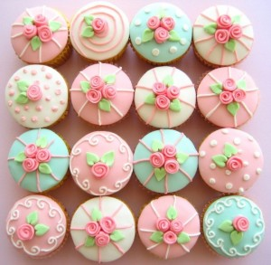 courses-cupcake decorating2