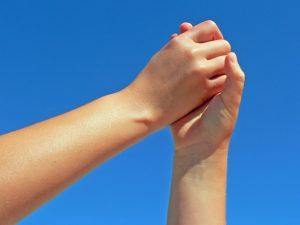 helping-hands-1314226